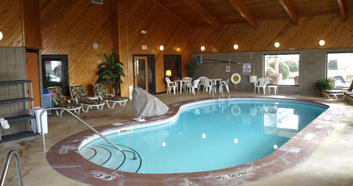 Pool Americas Best Value Inn
