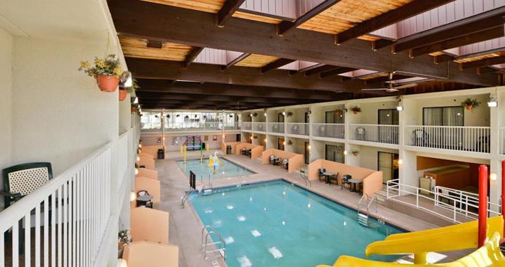 Best Western Kelly Inn Plymouth MN Pool